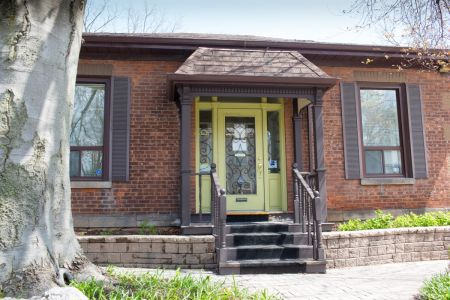 Photo of Exterior of Dundas Optometry Clinic